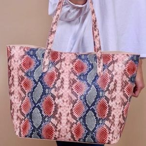 Tote w/ Snap Closure - Snake Coral Multi Color
